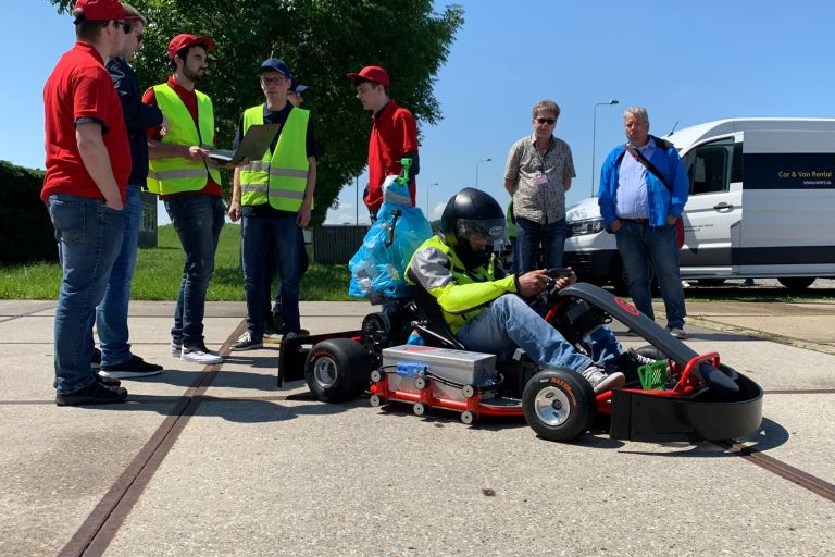 Blue Team wint Self Driving Challenge 2019